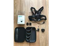 GoPro Hero session / GoPro case + chest mount/ 16 GB Micro SD card