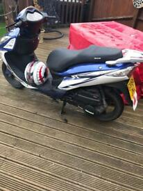 125cc Sinnis Shuttle moped for sale
