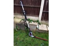 Extendable hedge cutters used once!