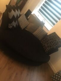 Sofa and cuddled seat. Excellent condition