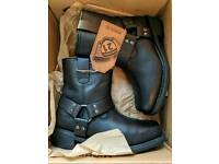 Highway 21 Spark Boots Low (size 11 US) - Brand New in box