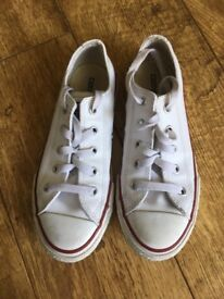 Converse Trainers White Leather uk size 1