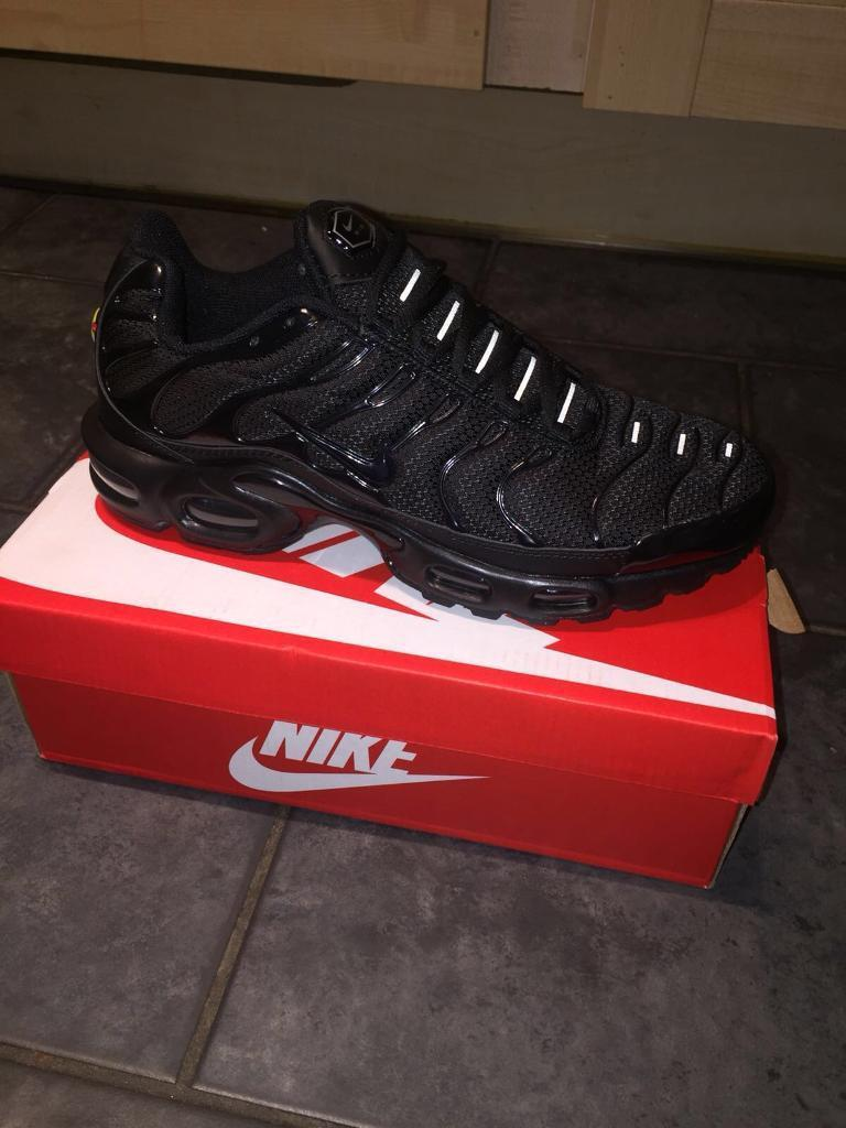0157fae4bdc Nike tns (triple black) size 7-8-9-10 postage delivery collection