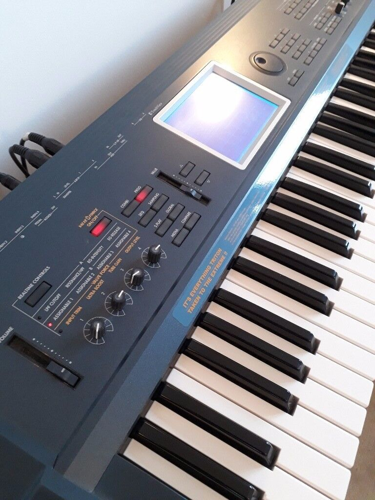 Korg Triton Extreme 61 Key Synthesizer Workstation - Mint | in Aldgate,  London | Gumtree