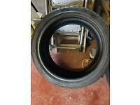 2x 255/35/19 tyres