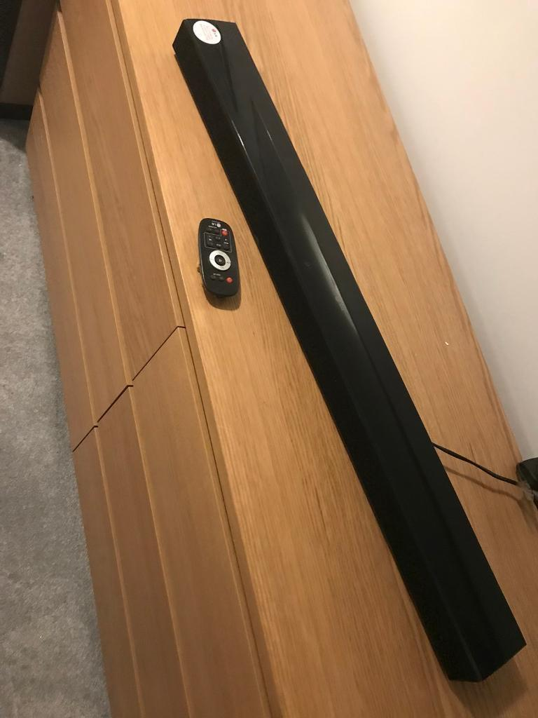 LG Sound Bar with Remote