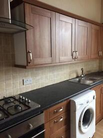 3 double bedroom flat Prestwick Main Street newly decorated