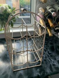 Wine/champagne rack