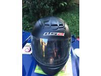 Small l52 crash helmet