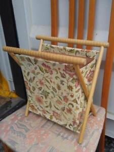 VINTAGE KNITTING BAG Like New! Storage Holder Sewing Collapsible Folding Wood frame jacquard fabric Retro