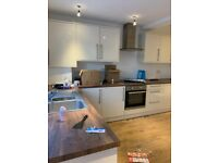 Beautiful 4 Bedroom house to let in Romford !!! RM7 0RP