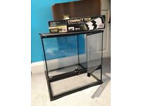 Exo Terra Glass Vivarium/Terrarium Medium W45xL45xH45cm with Compact Canopy Top
