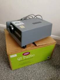 35mm Boots QI Turbo slide projector.