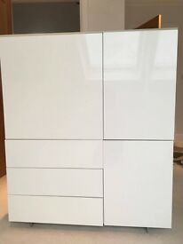 White high gloss unit with cupboards & drawers
