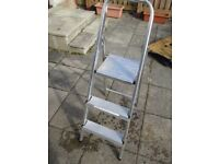 Aluminium Step Ladder 3 REF-AAA84
