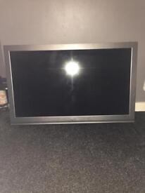 BUSH LCD TV