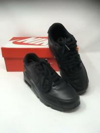 Kids Nike Air Max Trainers Size 5