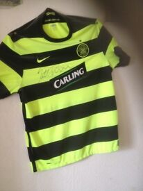 Celtic football top signed by Scott Brown