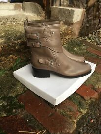 Marks and spencer ladies boots size 5 New