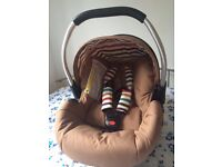 Car seat & Joie nitro stroller - Hauck Lacrosse Group 0+ carseat (Toast) and Joie stroller for sale.