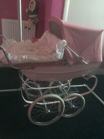 Silvercross dolls coach pram great condition daughter now has no interest in it