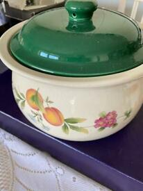 Vintage Collectable Cloverleaf Peaches and Cream Ceramic Casserole Dish Pot