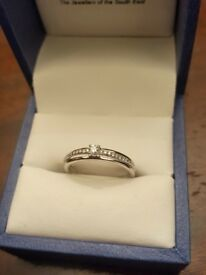 Diamond White 9ct Gold Ring!