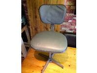 ANTIQUE INDUSTRIAL SWIVEL CHAIR EVERTAUT .... GOOD CONDITION