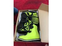 Fly racing motocross boots size 9 brand new