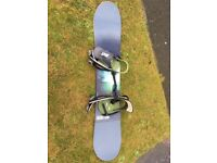 Snowboard - burton punch 138 with freestyle bindings