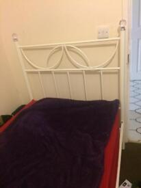 Double bedroom with single bed available hayes near Asda supermarket and Heathrow