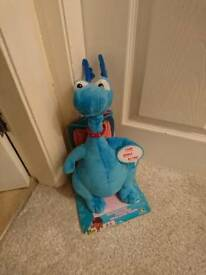 For sale doc mcstuffins dragon brand new