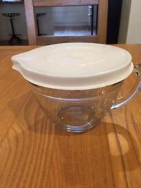 Pampered chef 4 cups measuring bowl