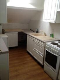 2 BED FLAT TO LET NEAR LISTER PARK