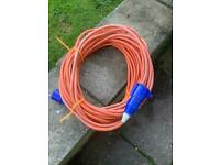 25 metres 16 amp hook up cable