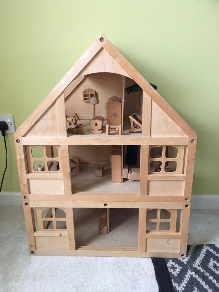 4 story Wooden Dolls House
