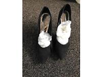 Size 7 ladies Red Herring high heel shoes black