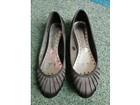 Red Herring Satin-style pumps shoes Ladies size 5