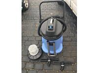 Numatic wet & dry vacuum