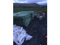 30 number of 2.2/2.75 galvanised fence panels.