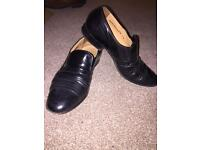 Roland Cartier dress shoes Real Leather Size 7.5