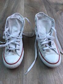 Ladies white converse boots size 6