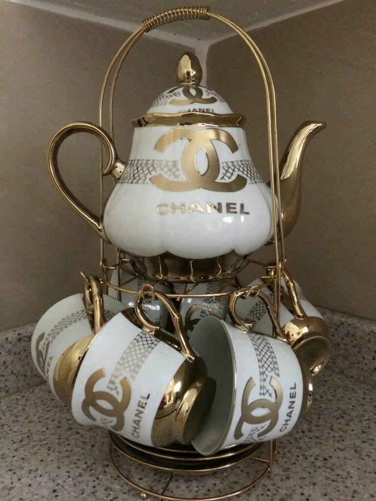 Decorative Tea set white and gold