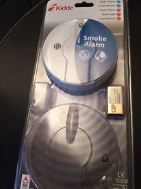 Kidde i9060 Battery Smoke Alarm with Hush & Test Function Includes Battery, NEW