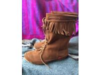 As-new Kickers Leather Suede Boots size 39