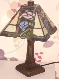 2 x Tiffany style lamps