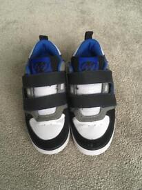 Heelys HX2 Wheel Skating Shoes - Size 1