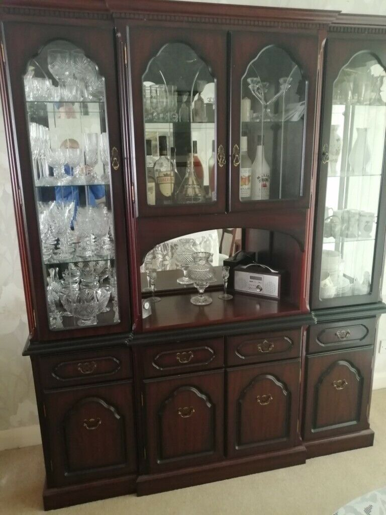 Large Display Cabinet/ Wall Unit for Lounge/Dinning Room   Gumtree