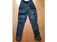 Nike Goalkeeper Padded Pants Medium New