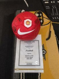 Manchester United Signed Football 2006/2007 OPEN TO OFFERS